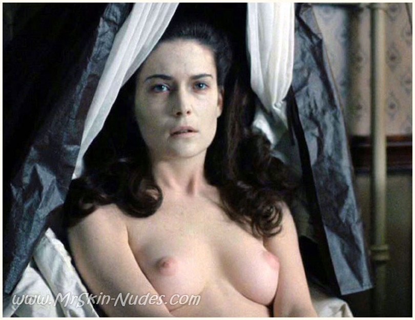 Click Here To See More Pictures Videos Of Lara Flynn Boyle