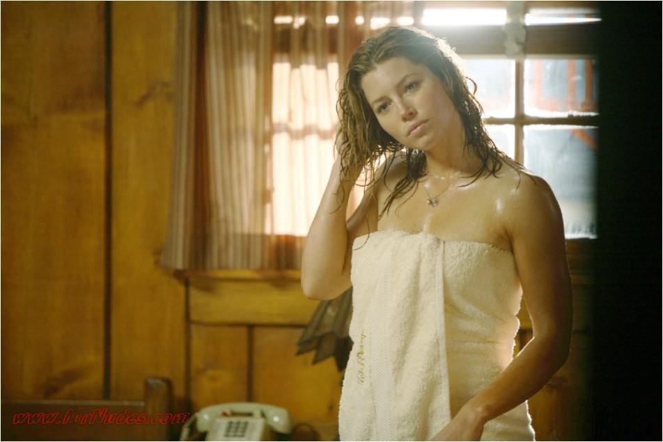 fake nudes biel hot Jessica