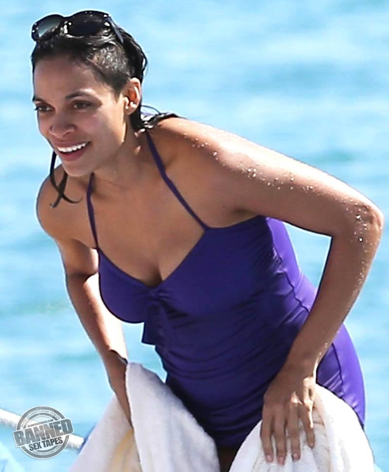 Rosario dawson fully nude in her new movie