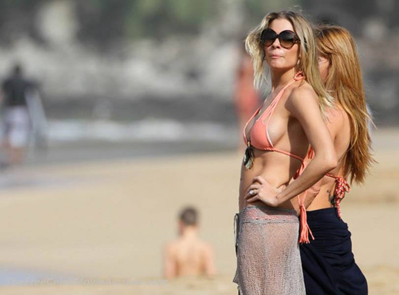 LeAnn Rimes fully naked at Largest Celebrities Archive!